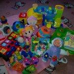 Soubor hraček od miminko po batole